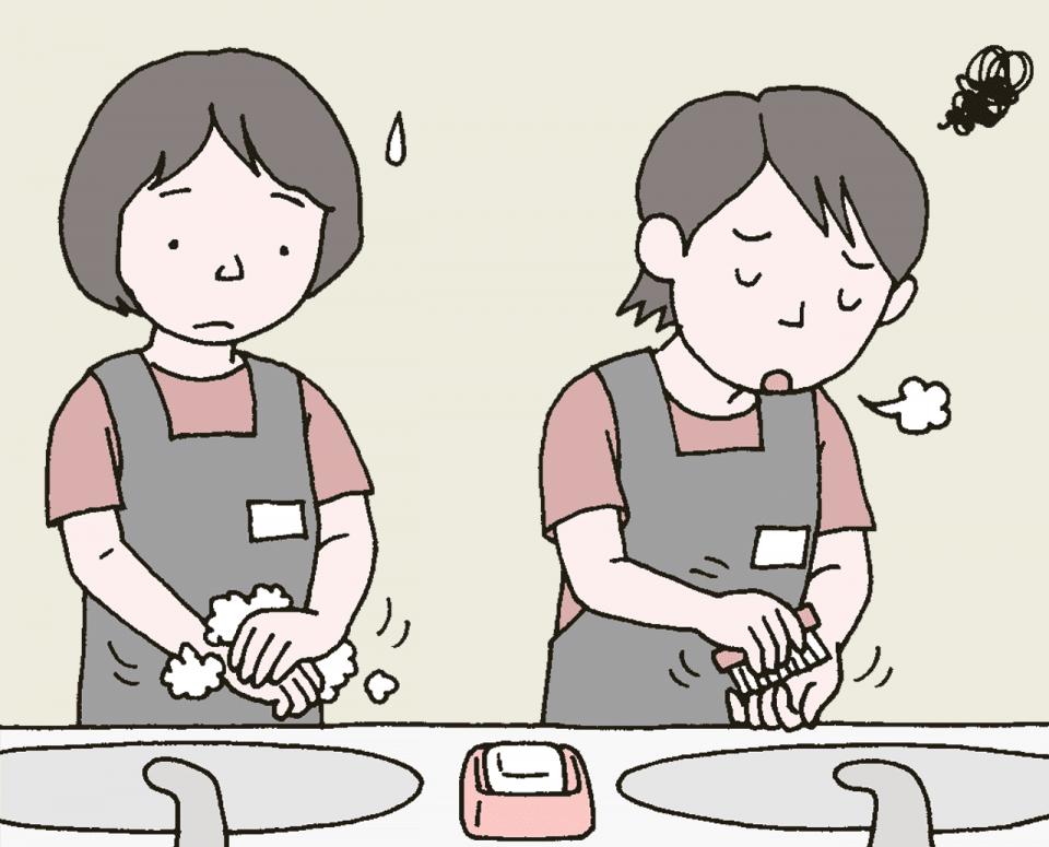 介護施設の誤った衛生管理の例:介護士に手術前医師の手洗い方法をさせている
