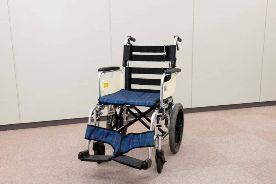 モジュールタイプの車椅子。背もたれの計上が調整できます。